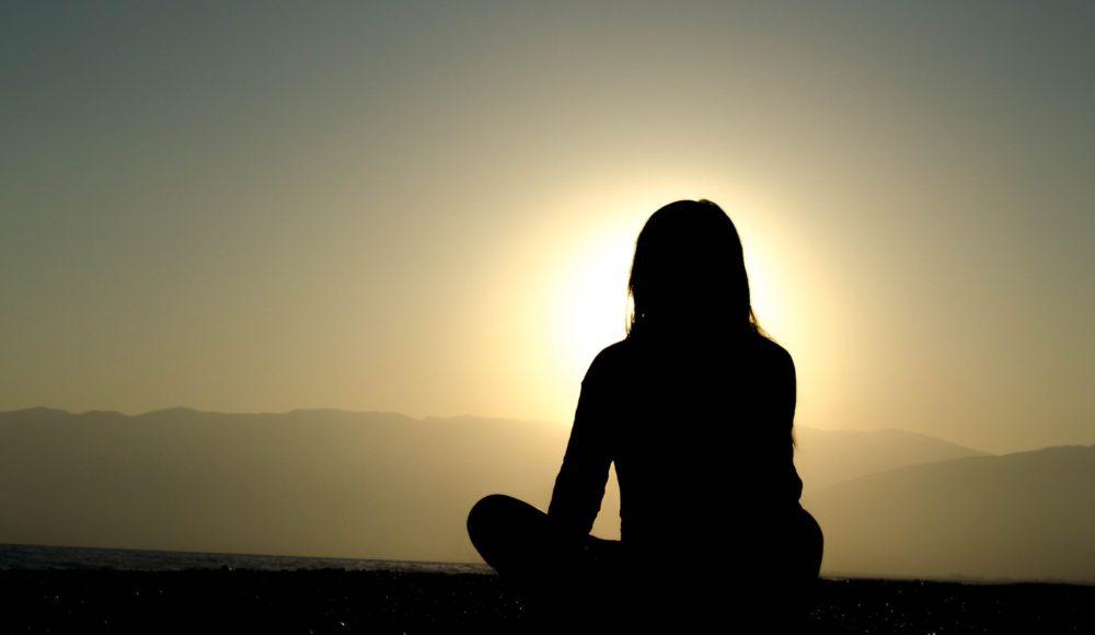 瞑想を20日間続けてみた結果【結論:難しい】